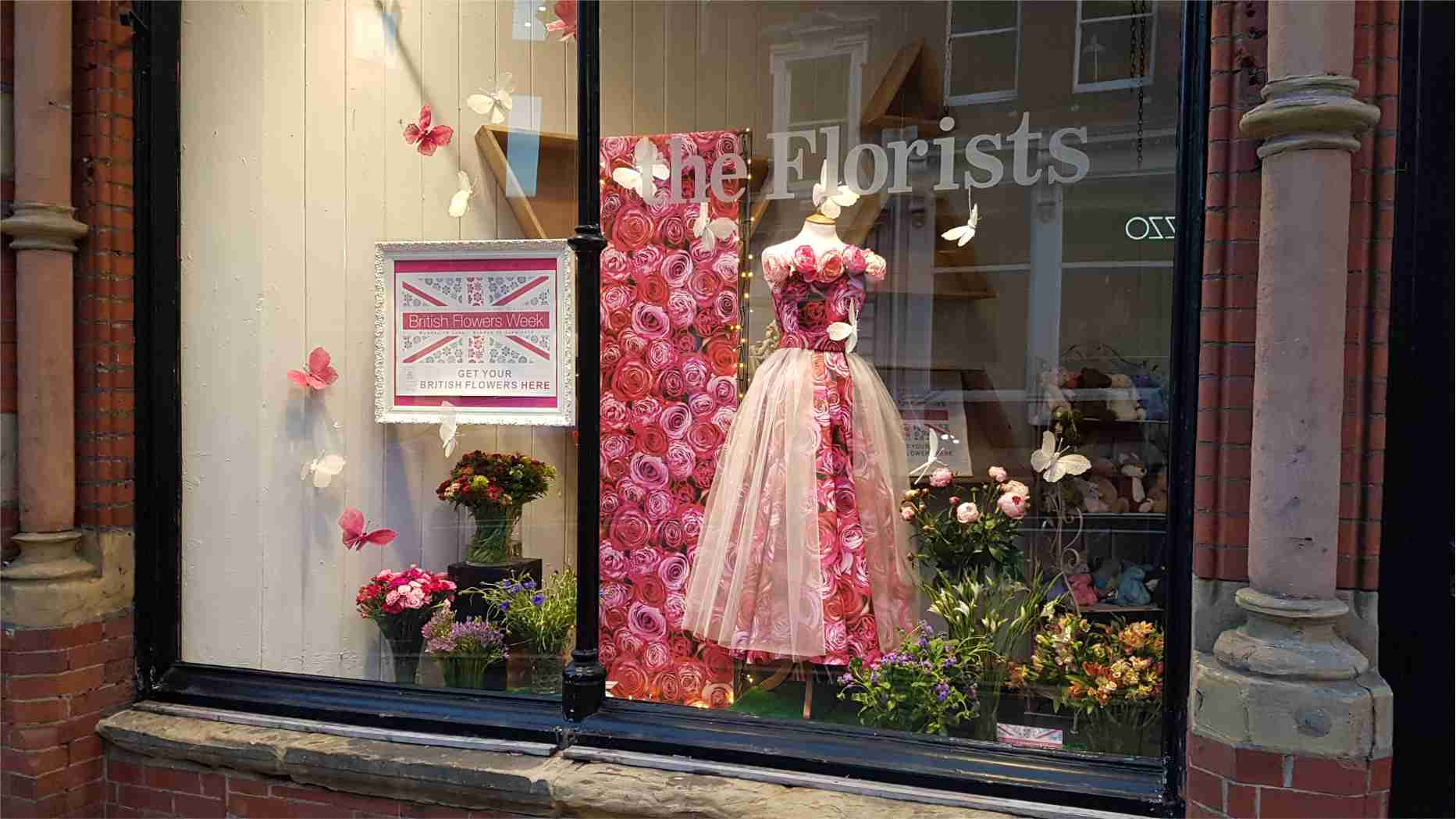 BritishFlowerWeek/WardsWindowFull.jpg
